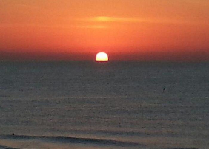 El amanecer y atardecer del sol
