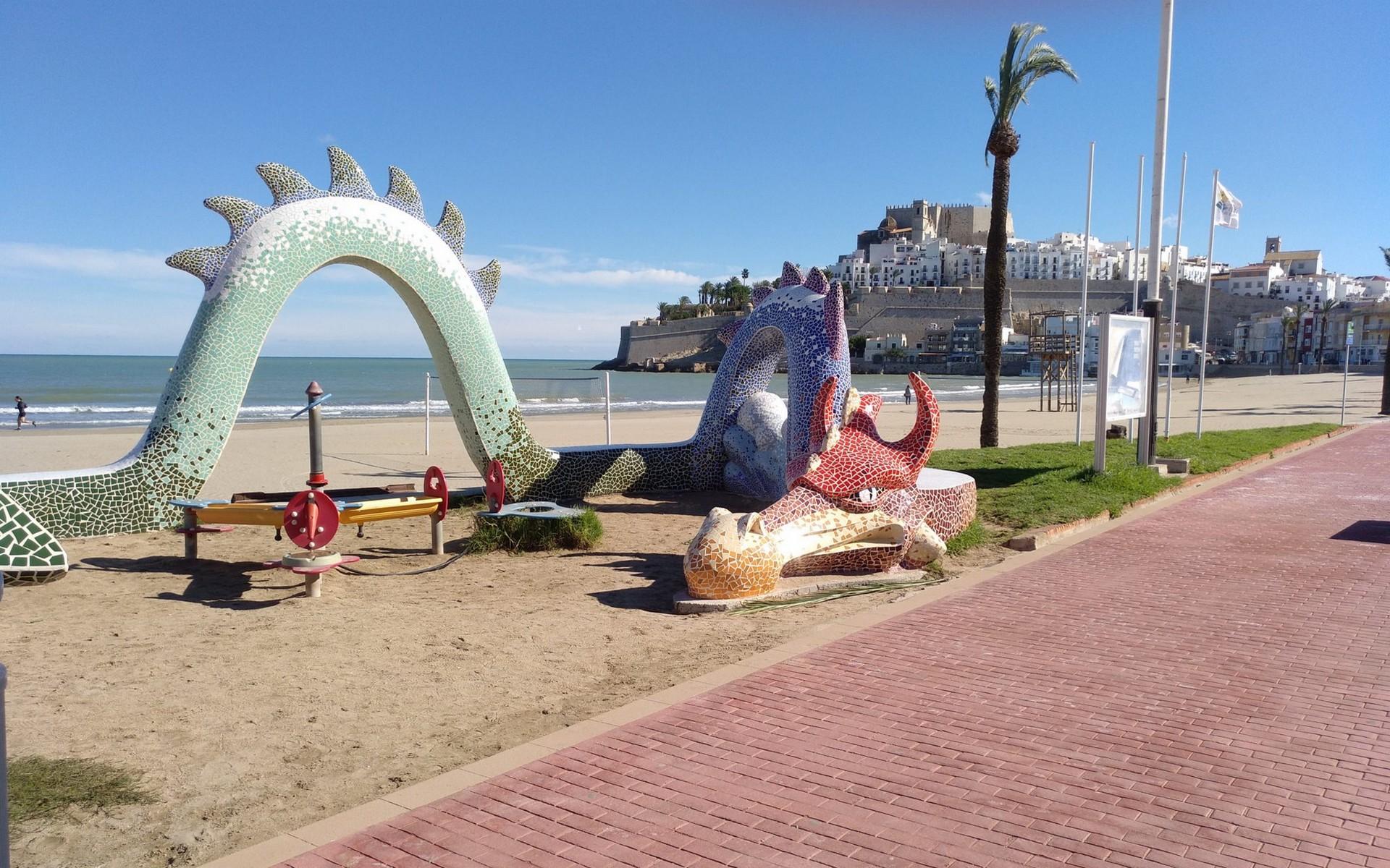 Les Dragons viennent à la plage…..